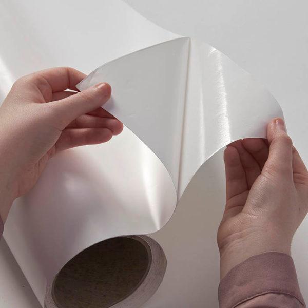 Chytrá stena – samolepiaca popisovateľná biela fólia
